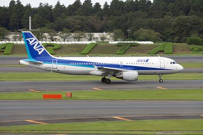 All Nippon Airways Airbus A320-200 JA204A