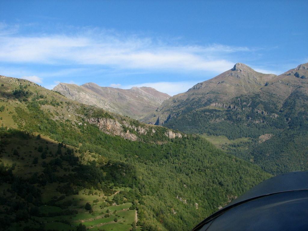 Castejon ganando altura para cruzar el pirineo