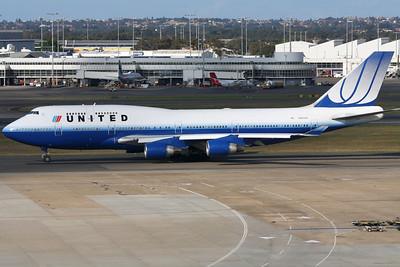 United Boeing 747-400 N127UA