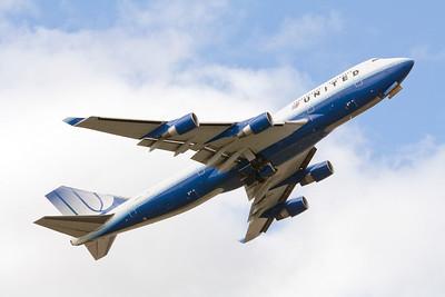 United Boeing 747-400 N116UA