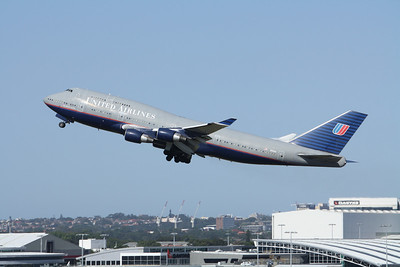 United Airlines Boeing 747-400 N121UA