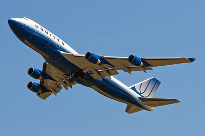 United Airlines Boeing 747-400 N179UA