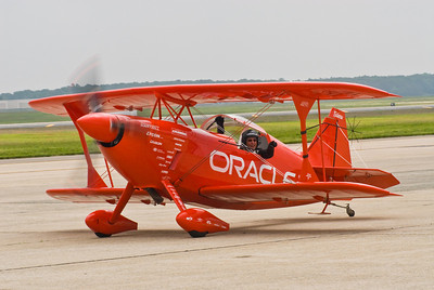 Sean Tucker on the Taxiway