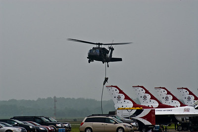 Blackhawk Helo dropping Special Forces soldiers