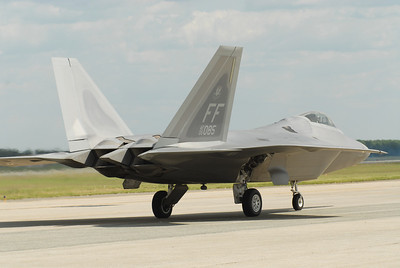 F-22 Raptor Tail view