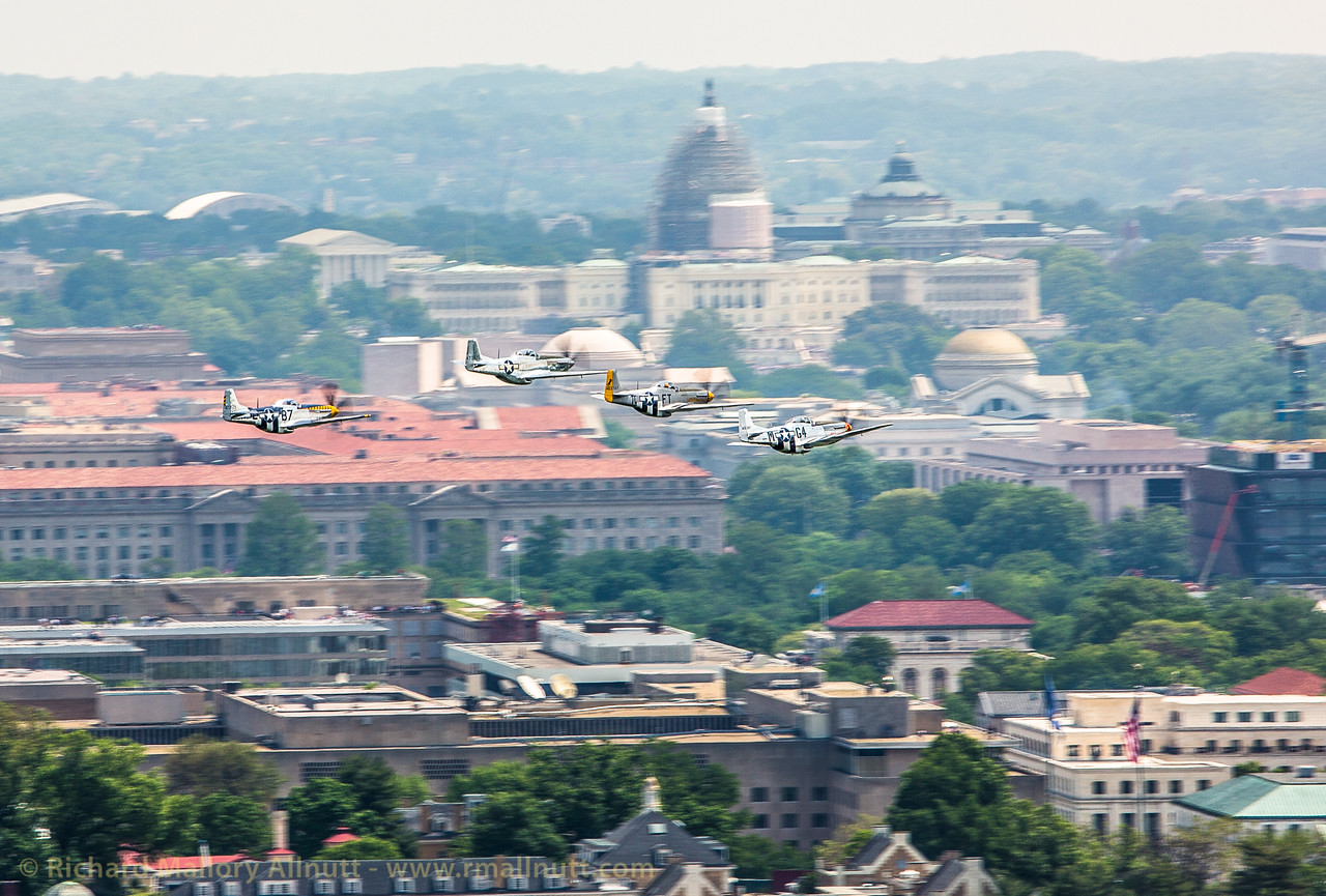 _C8A3312 - Richard Mallory Allnutt photo - Arsenal of Democracy Flyover - Washington, DC -May 08, 2015
