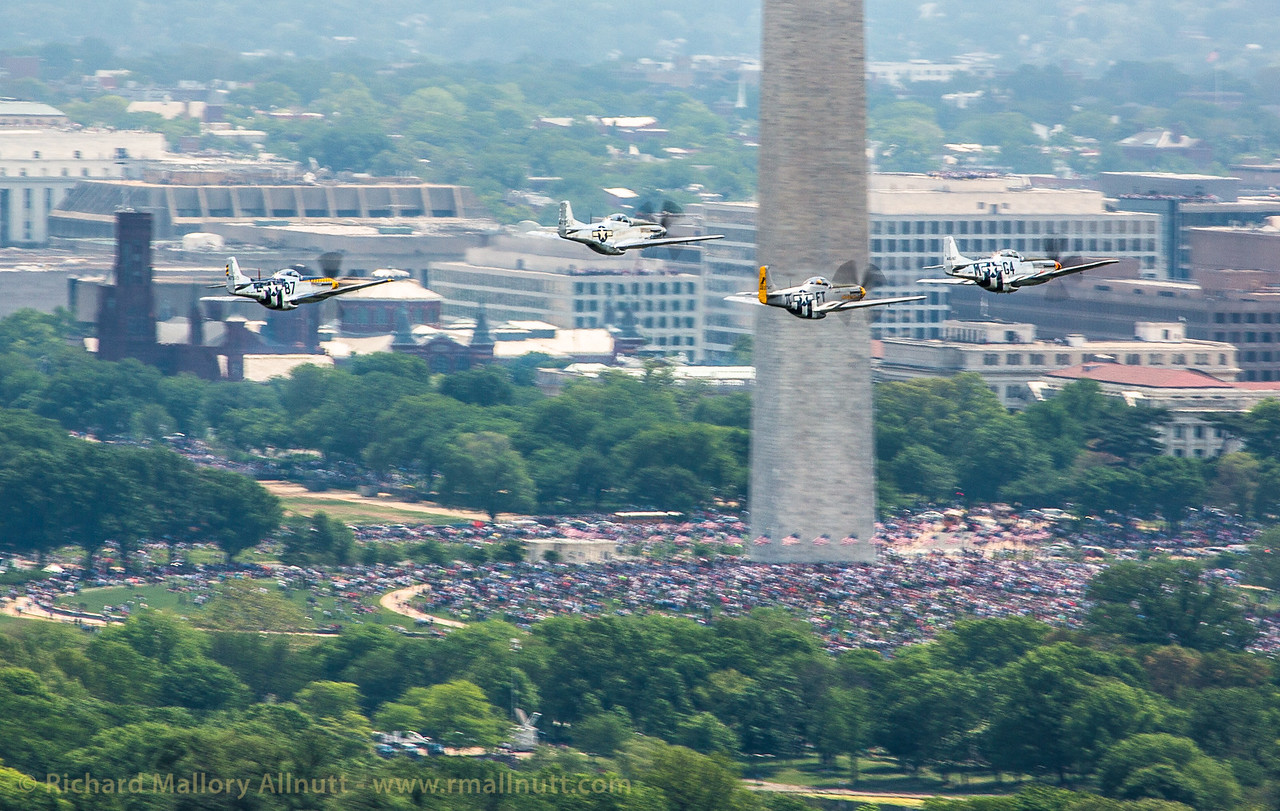 _C8A3315 - Richard Mallory Allnutt photo - Arsenal of Democracy Flyover - Washington, DC -May 08, 2015