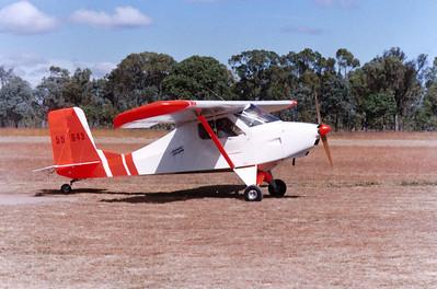 55-0645 Howard Hughes EngineeringLight Wing