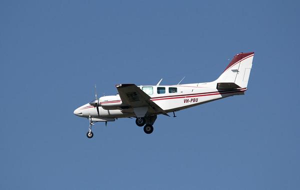 VH-PBU BEECH-58