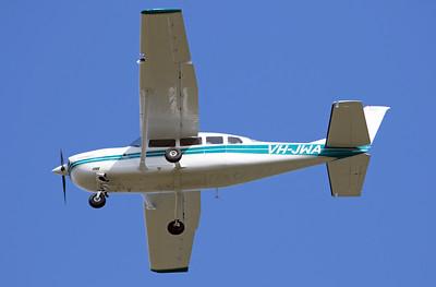 VH-JWA CESSNA-207