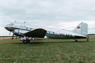 VH-AES DC-3