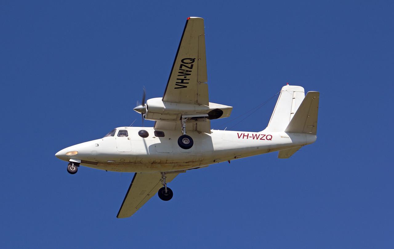 VH-WZQ AEROCOMMANDER-500S