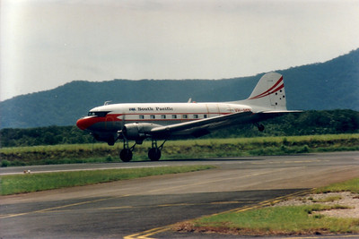 VH-MIN SOUTH PACIFIC DC-3