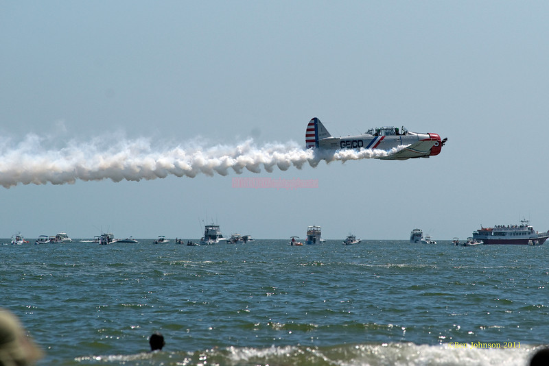 Geico Plane - performing at The 2011 Atlantic City Air Show, August 17, 2011