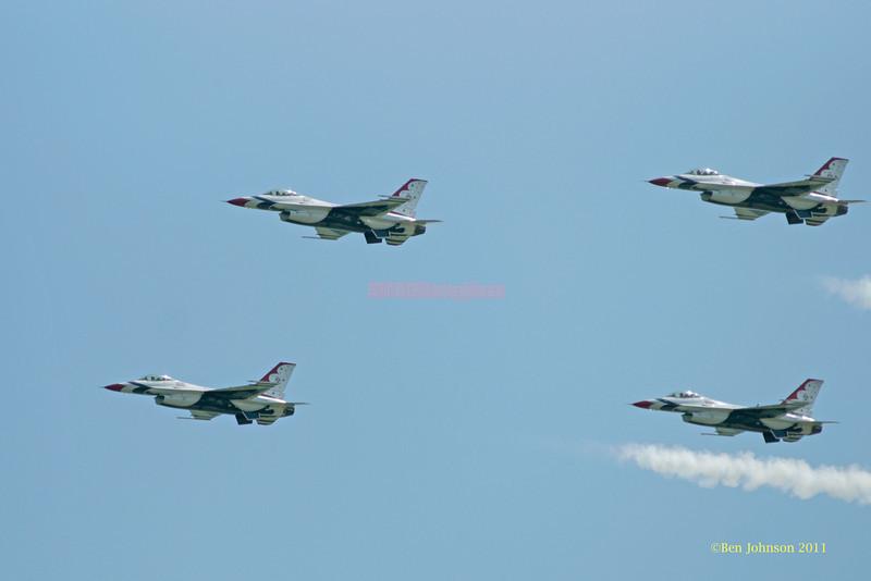 USAF Thunderbird Aircraft - performing at The 2011 Atlantic City Air Show, August 17, 2011