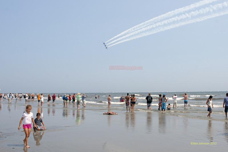USAF Thunderbirds - Photos from the 10th annual Thunder Over The Boarwalk - 2012 Atlantic City Air Show, August 17, 2012