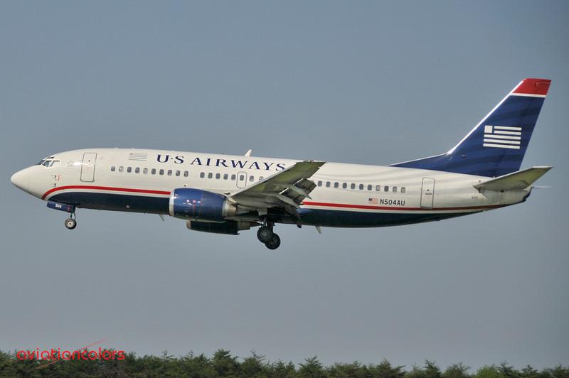 N504AU - 1987 BOEING 737-3B7  -  KBWI - 6/7/2009