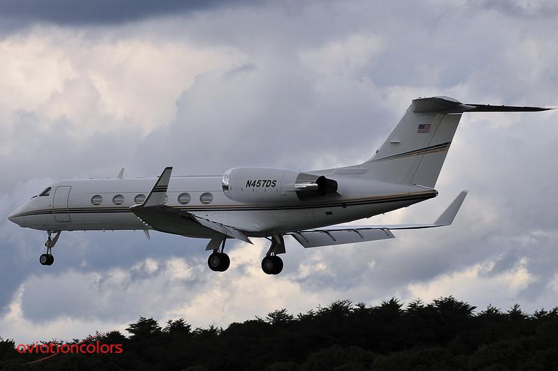 N457DS - 1998 GULFSTREAM AEROSPACE G-IV - KBWI - 9/27/2009
