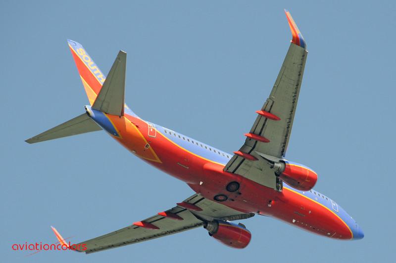N411WN - 2001 BOEING 737-7H4 - KBWI - 6/7/2009.