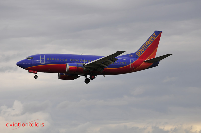N528SW - 1992 BOEING 737-5H4 - 9/27/2009.