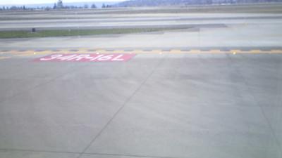 ASA flight 606 taxiing to Runway 16-L