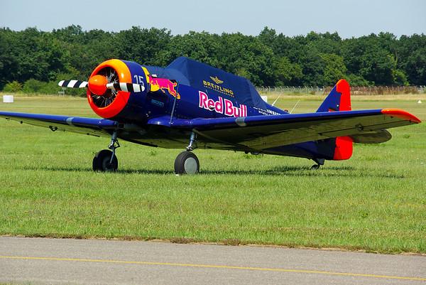 Un T6 Red Bull