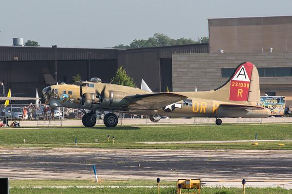B-17 B-24 and B-25 at Palwaukee Airport