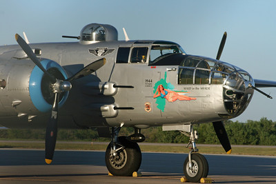 """B-25J """"Maid in the Shade"""""""