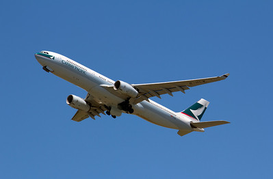 B-HLW CATHAY PACIFIC A330-300