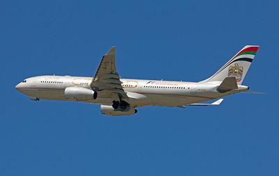 A6-EYO ETIHAD A330-300