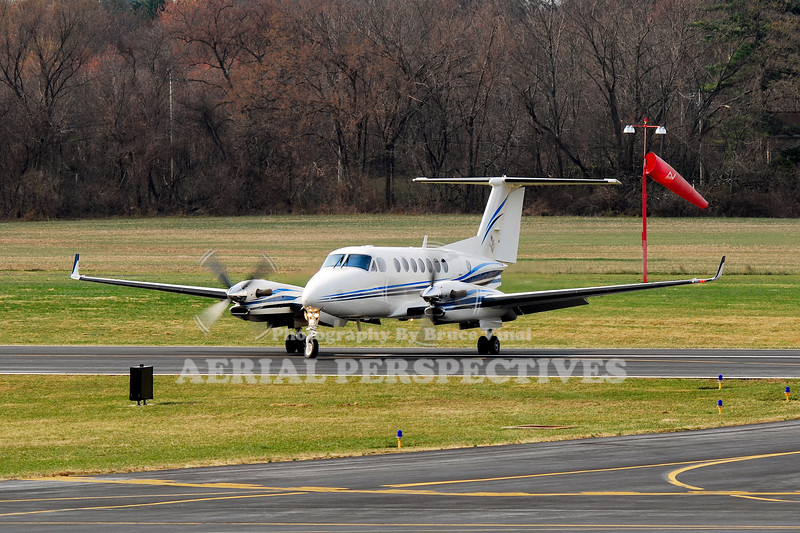 "N772HM -1999 Beech B300 ""King Air"""