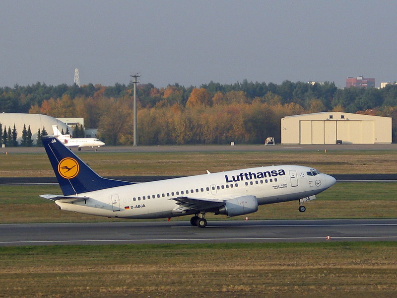 "Boeing 737-500. Lufthansa D-ABJA ""Bad Segeberg"""
