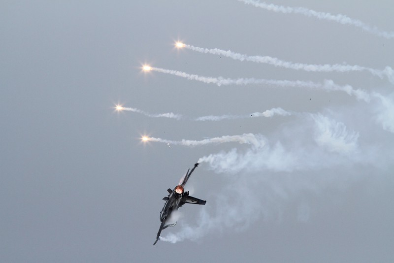 Turkish F-16 demo bird