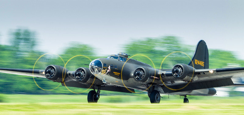 B-17G 'Memphis Belle' takes off in Hamilton, Ontario.