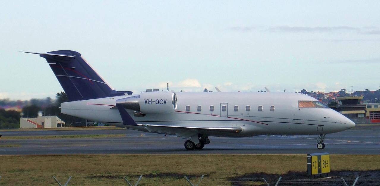 Execujet Canadair CL-600-2B16 Challenger 604 VH-OCV