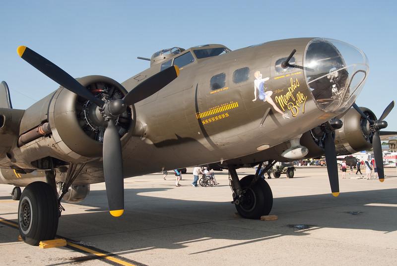 B-17 Flying Fortress (Memphis Belle)