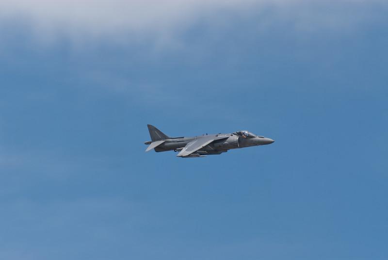 """USMC AV-8B """"Harrier"""" flies low along the crowd line"""