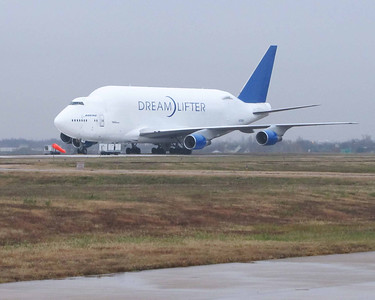Boeing Dreamlifter accidental landing at