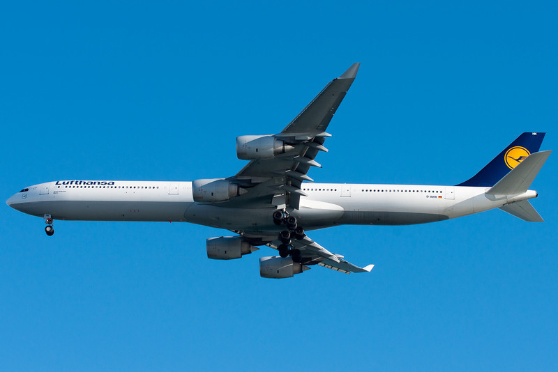 Lufthansa changes between its A340-600s, A340-300s, and A330-200s on its flights to Frankfurt.
