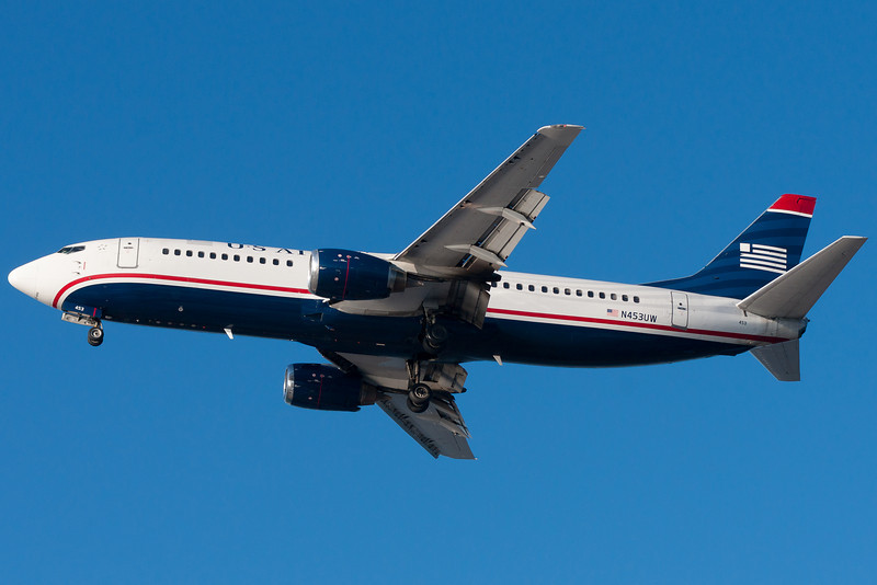US Airways' 737-400 from Charlotte is on final to runway 27.