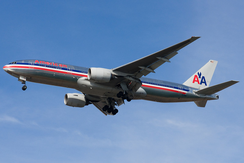 American's 777 from Miami on final to 22L.