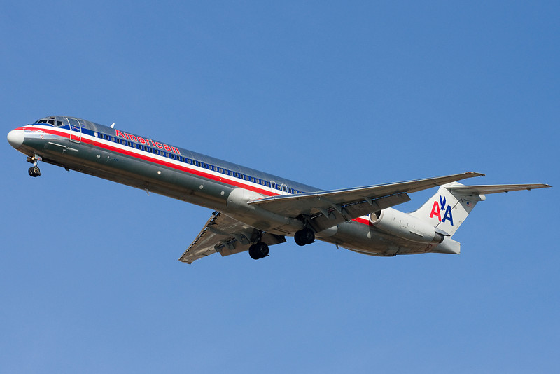 An American MD-88 on final for 22L.