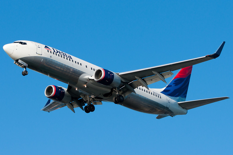 This Delta 737 has newly installed winglets.
