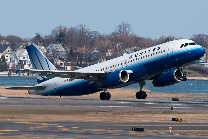 This United A320 is leaving Logan Airport.