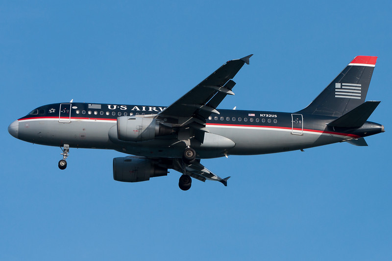 A US Airways A319 on final for runway 04R.