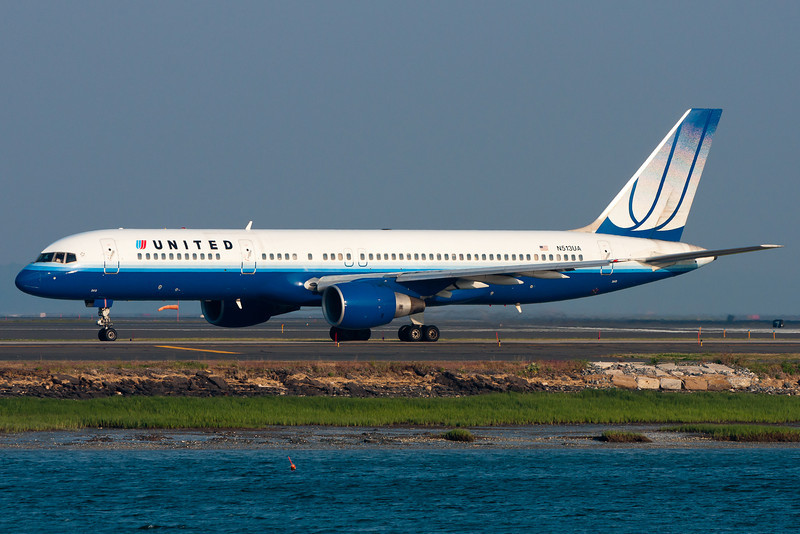 A United 757-200 getting ready for departure.