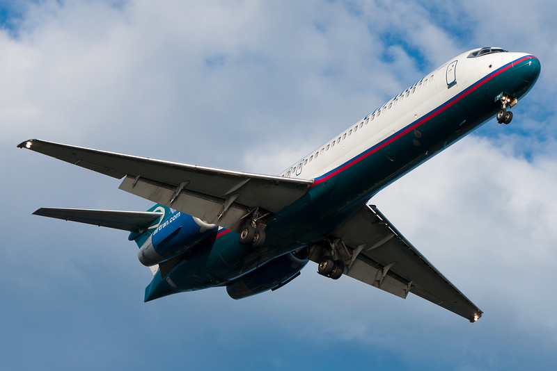 AirTran's 717s are the only way to see 717s around here in Boston these days.