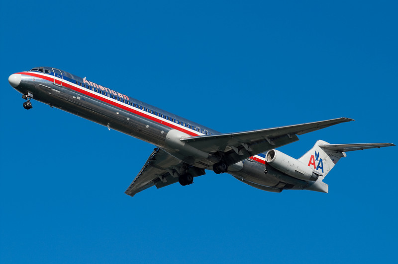 American uses MD-80s for runs to Chicago.