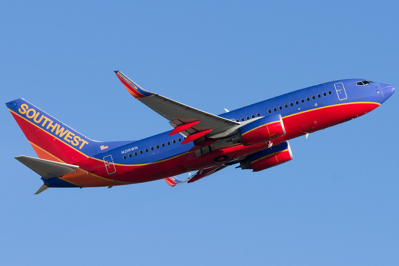 A Southwest 737 leaving Boston via runway 22R.