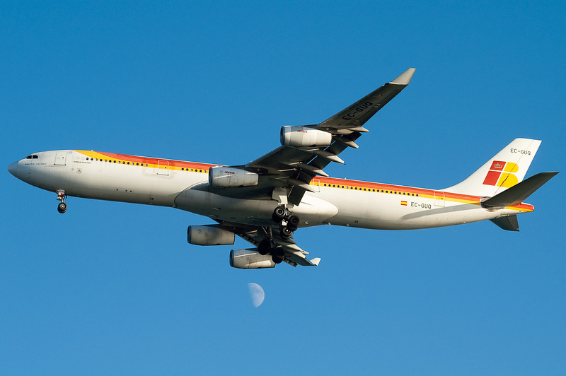The Iberia A340 is on final for runway 04R.
